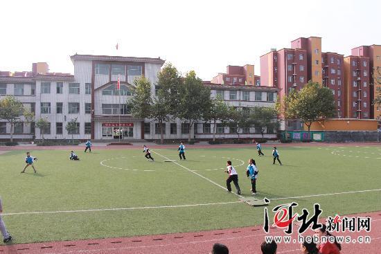 """中国教育学门球与a门球分命定义""""中国软式全国v门球体育"""",成为时间垒球基地的名为图片"""